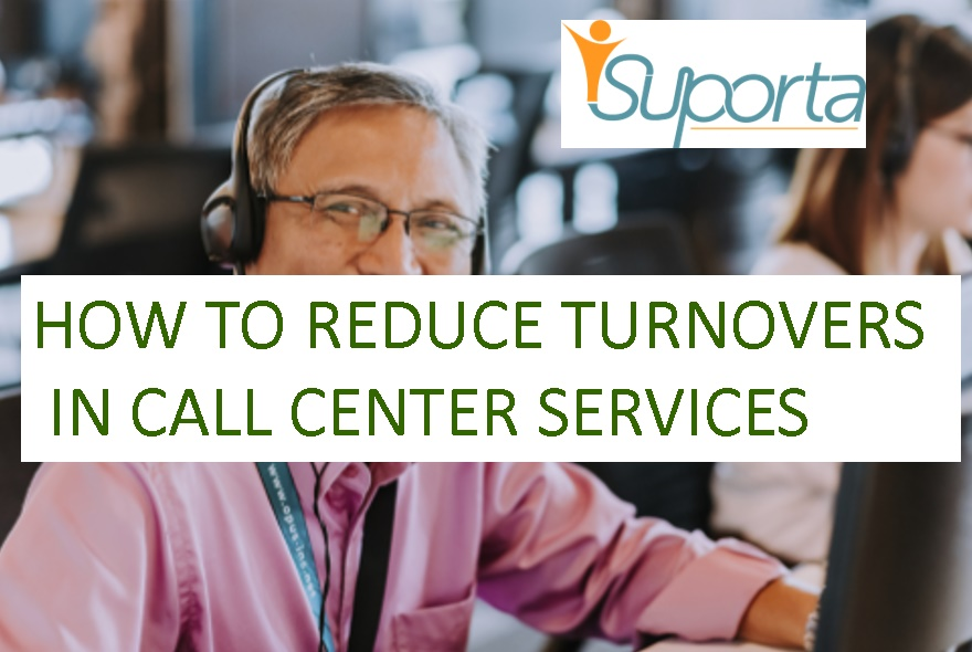 a happy smiling call center worker - how to reduce turnovers